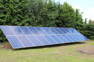Petec Solar zonneschans op maat vrijeopstelling